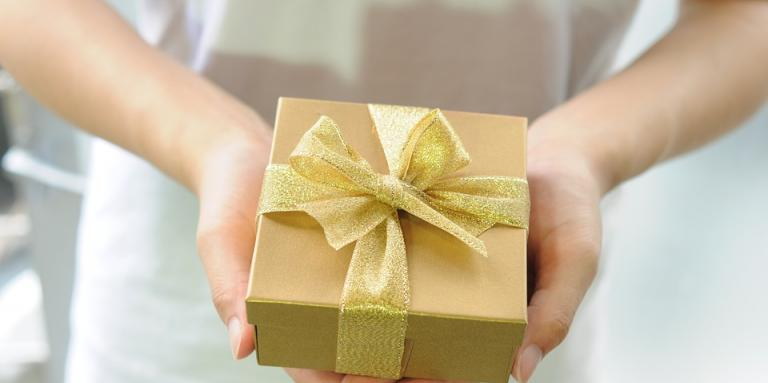 Person holding gift